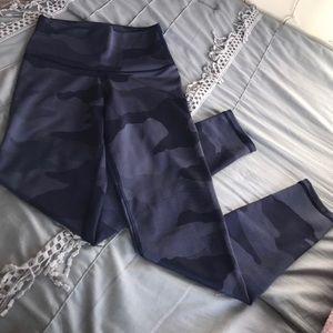 Navy blue camo Aerie leggings